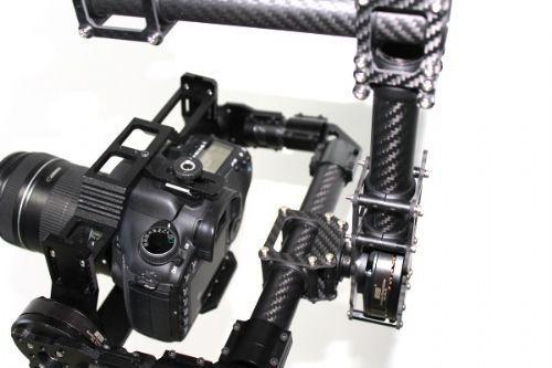 3-axis Carbon Fiber Handheld Brushless Gimbal & Controller